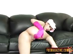 Asian hottie Jade Hsu plays with herself.