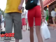 Hot girls in booty shorts very quickly made the cameraman