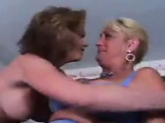 Thick Lesbians In Bed