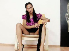Mind-blowing latina Lexi hidding tights in her pussy