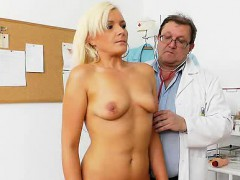 Mature Simira gets her shaved pussy examined in addition to